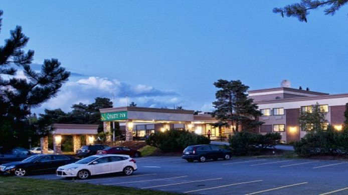 Exterior view Quality Inn Halifax Airport