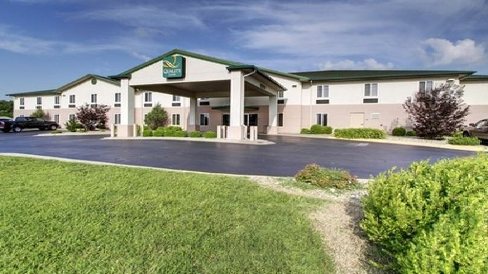 Exterior view Quality Inn Near Fort Riley