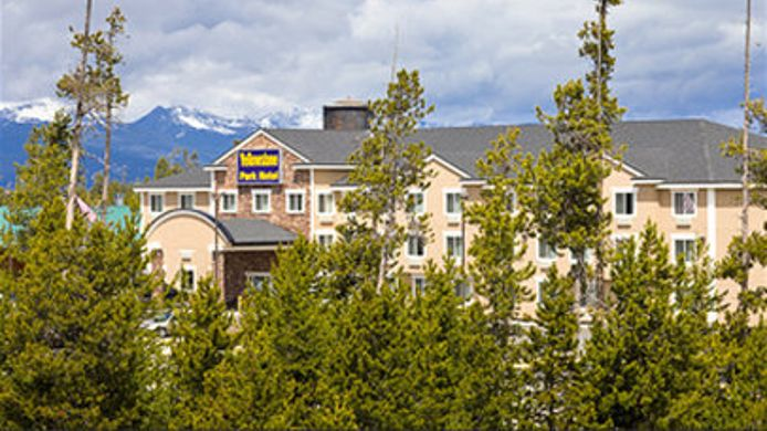 Exterior view YELLOWSTONE PARK HOTEL
