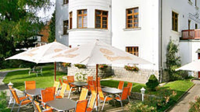 Buitenaanzicht Bedriska Wellness Resort & Spa
