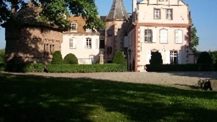 Exterior view Chateau d'Osthoffen