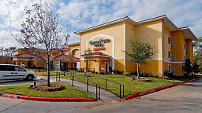 Exterior view TownePlace Suites Houston North/Shenandoah