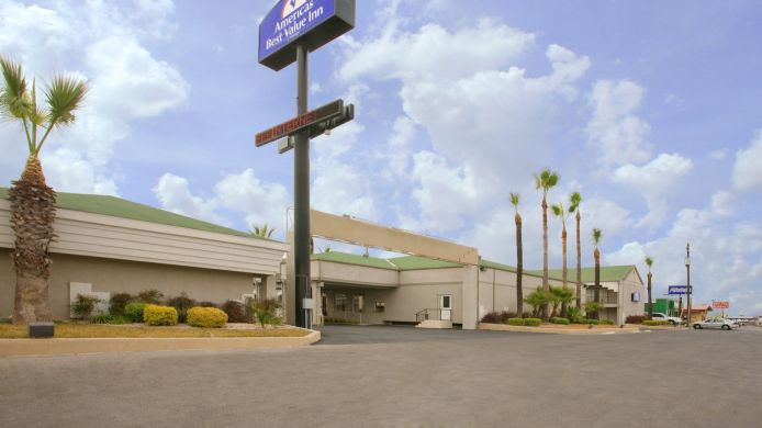 Buitenaanzicht Americas Best Value Inn Del Rio