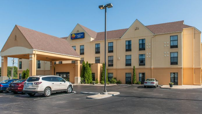 Exterior view Comfort Inn Madison