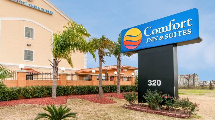 Exterior view Comfort Inn & Suites Texas City