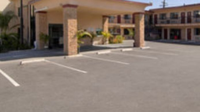 Exterior view Americas Best Value Inn Pasadena/Arcadia