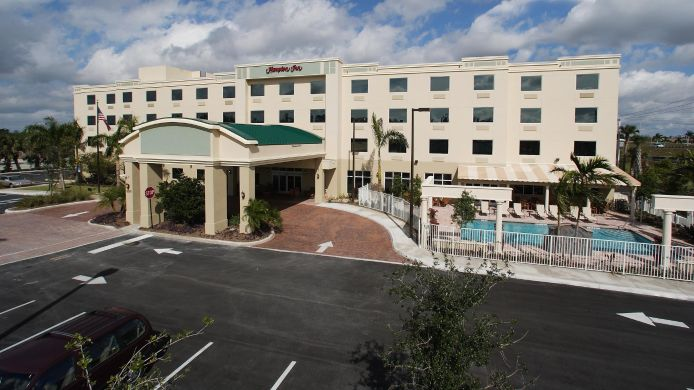 Exterior view Hampton Inn West Palm Beach-Lake Worth-Turnpike