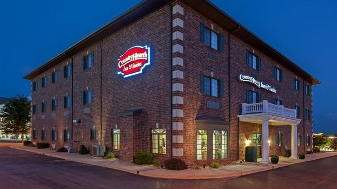 Buitenaanzicht Country Hearth Inn & Suites