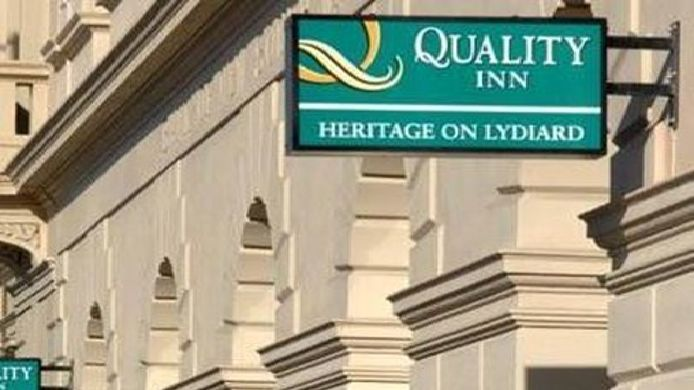 Buitenaanzicht Quality Inn Heritage on Lydiard