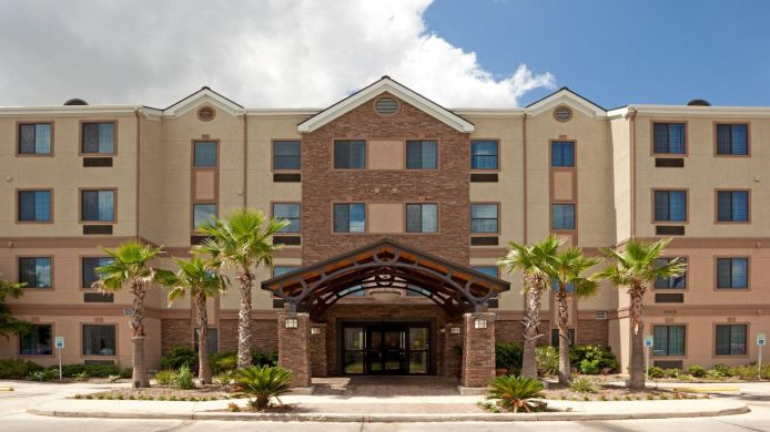 Buitenaanzicht Staybridge Suites NW NEAR SIX FLAGS FIESTA