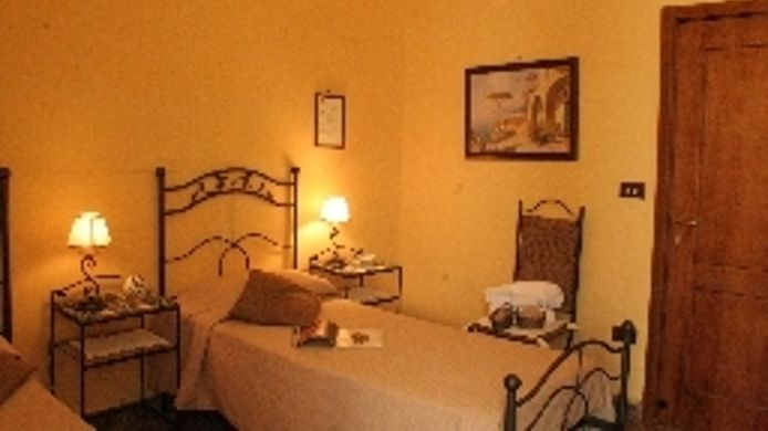 Double room (standard) Bed & Breakfast I Visconti
