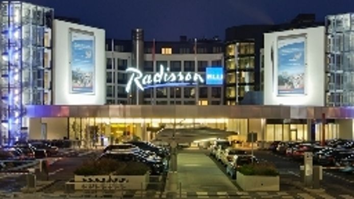 Exterior view Radisson Blu Airport
