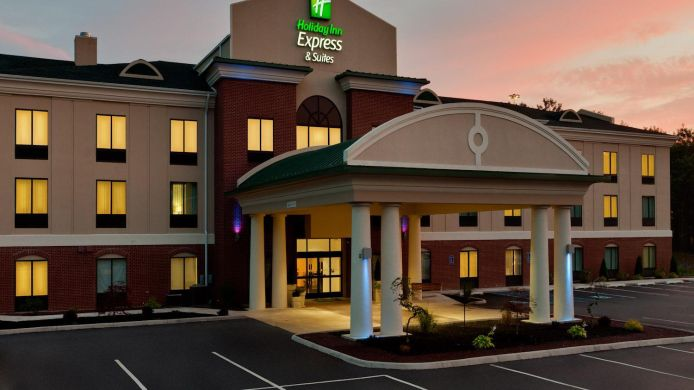 Buitenaanzicht Holiday Inn Express & Suites WHITE HAVEN - LAKE HARMONY
