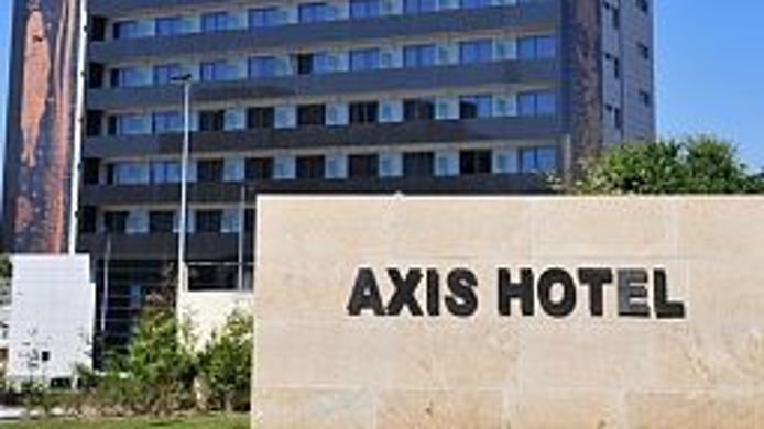 Exterior view Axis Porto Business & Spa