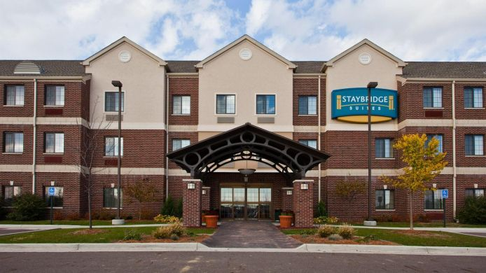 Exterior view Staybridge Suites LANSING-OKEMOS