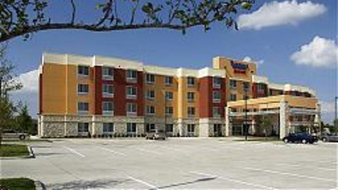 Exterior view Fairfield Inn & Suites Dallas Plano/The Colony