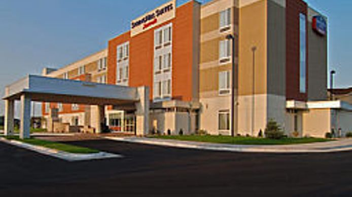 Exterior view SpringHill Suites Grand Forks
