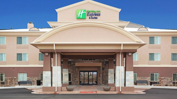 Exterior view Holiday Inn Express & Suites DENVER NORTHEAST - BRIGHTON