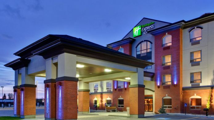 Buitenaanzicht Holiday Inn Express & Suites WHITECOURT SOUTHEAST