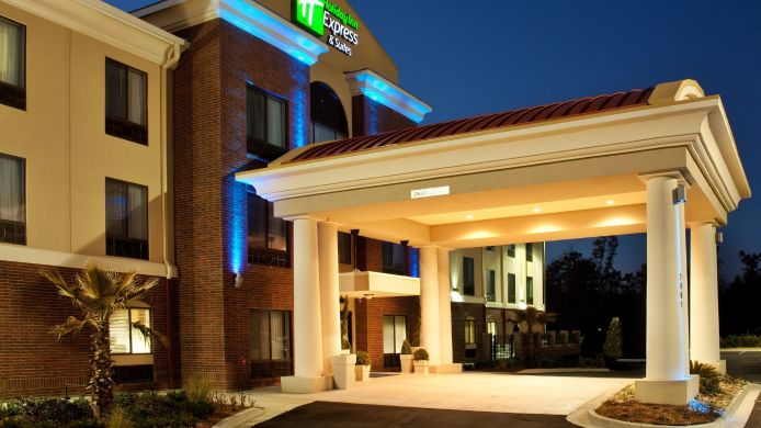 Exterior view Holiday Inn Express & Suites PICAYUNE-STENNIS SPACE CNTR.