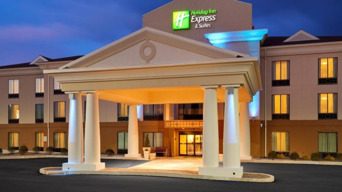 Exterior view Holiday Inn Express & Suites LEBANON