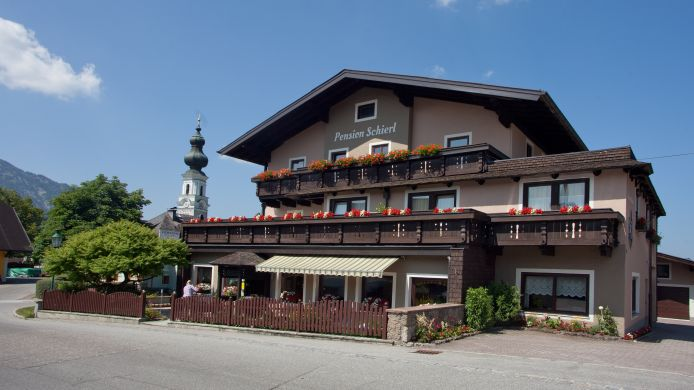 Exterior view Pension Schierl