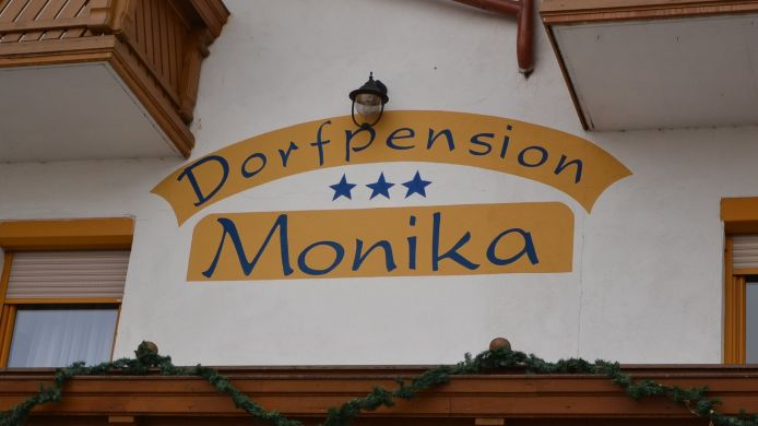 Buitenaanzicht Dorfpension Monika