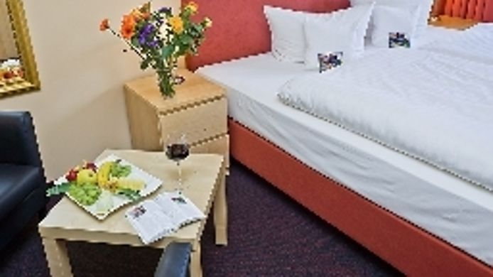 Double room (superior) Hotel Himmelsscheibe Nebra
