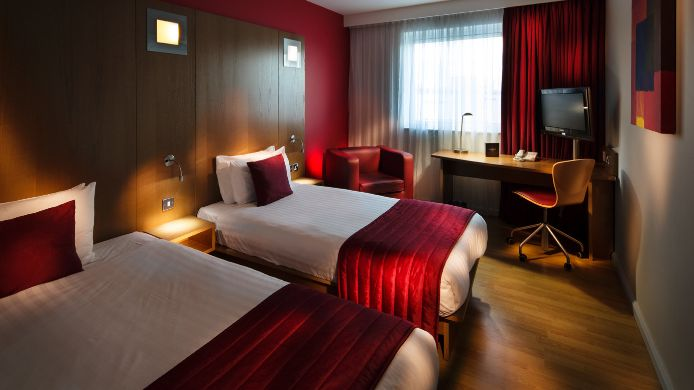 Double room (standard) pentahotel Derby