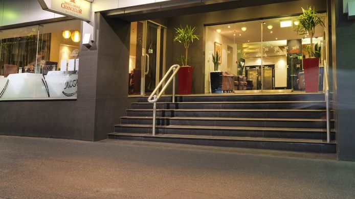Exterior view Hotel Grand Chancellor Melbourne