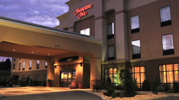 Exterior view Hampton Inn Indiana
