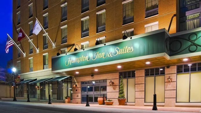 Buitenaanzicht Hampton Inn - Suites Little Rock-Downtown