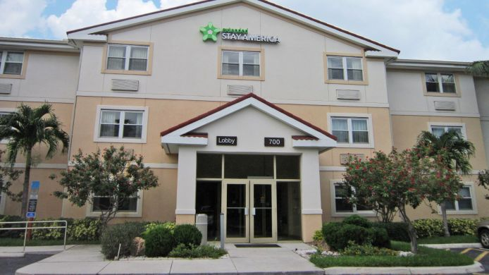 Exterior view EXTENDED STAY AMERICA W PALM B