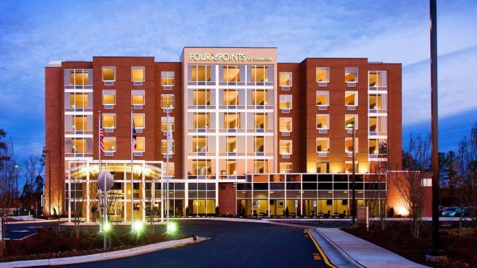 Buitenaanzicht Four Points by Sheraton Raleigh Durham Airport
