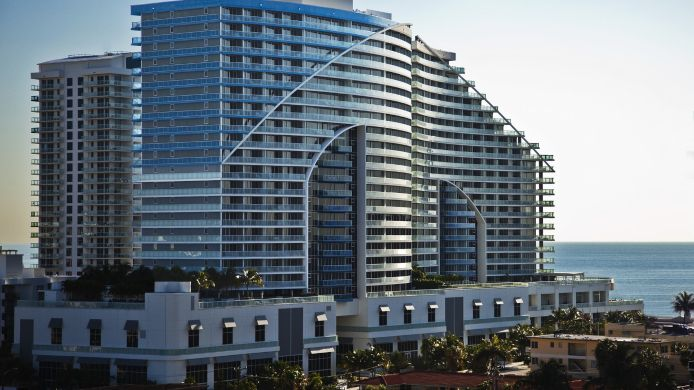 Exterior view W Fort Lauderdale