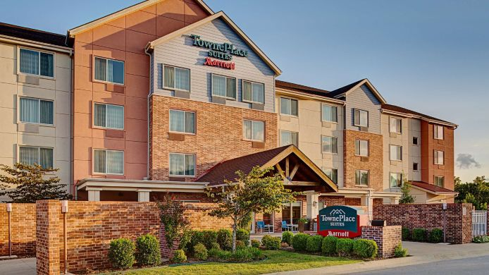 Exterior view TownePlace Suites Fayetteville North/Springdale