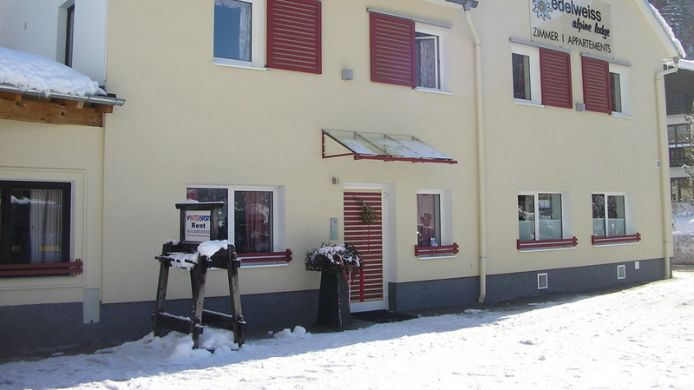 Exterior view Edelweiss Alpine Lodge Pension