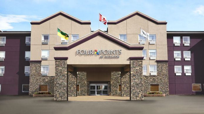 Buitenaanzicht Four Points by Sheraton Saskatoon