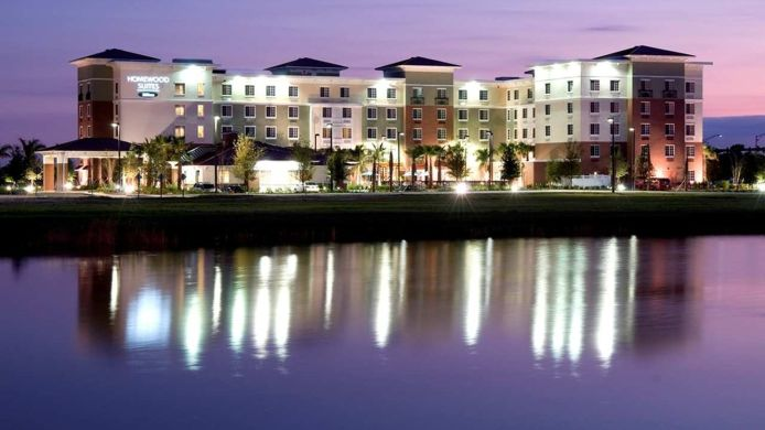 Exterior view Homewood Suites by Hilton Port St Lucie-Tradition
