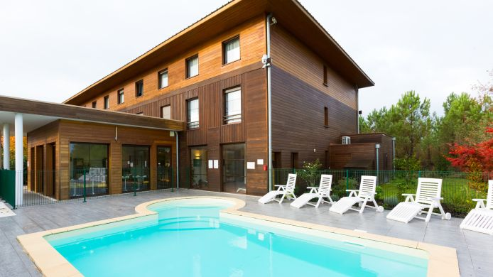Exterior view All Suites Le Teich