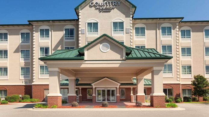 Exterior view COUNTRY INN AND SUITES TIFTON
