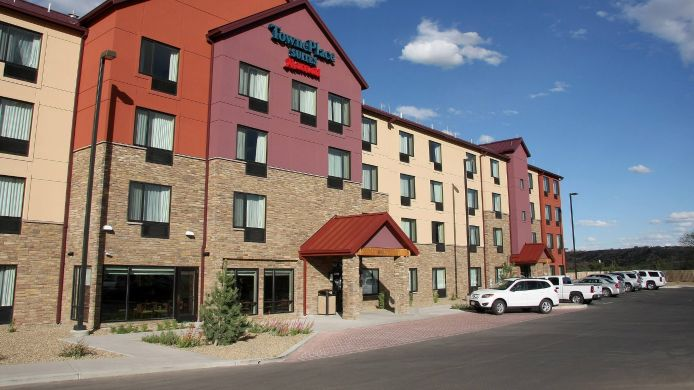 Exterior view TownePlace Suites Farmington