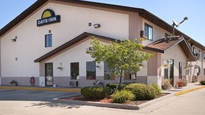 Exterior view VALUE INN EAST STRO