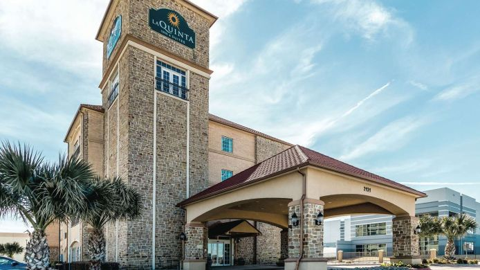 Exterior view LA QUINTA INN STE DALLAS GRAND PRAIRIE S