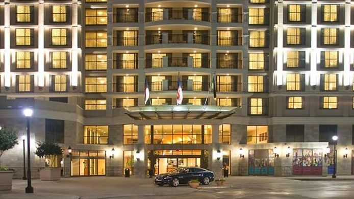 Exterior view Renaissance Raleigh North Hills Hotel