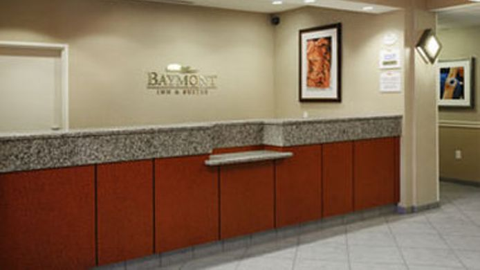 Buitenaanzicht BAYMONT INN & SUITES DENVER IN