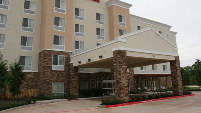 Exterior view Fairfield Inn & Suites Houston Conroe Near The Woodlands®