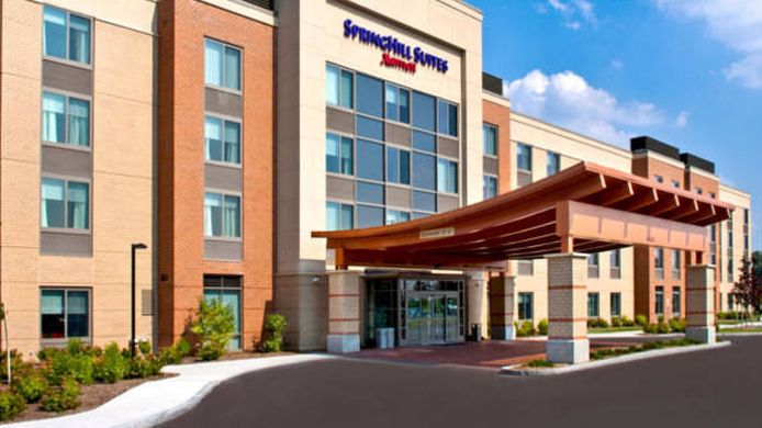 Buitenaanzicht SpringHill Suites Syracuse Carrier Circle