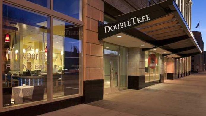 Exterior view DoubleTree Suites by Hilton Detroit Downtown - Fort Shelby