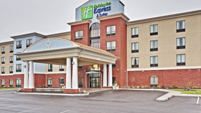 Exterior view Holiday Inn Express & Suites NEW PHILADELPHIA